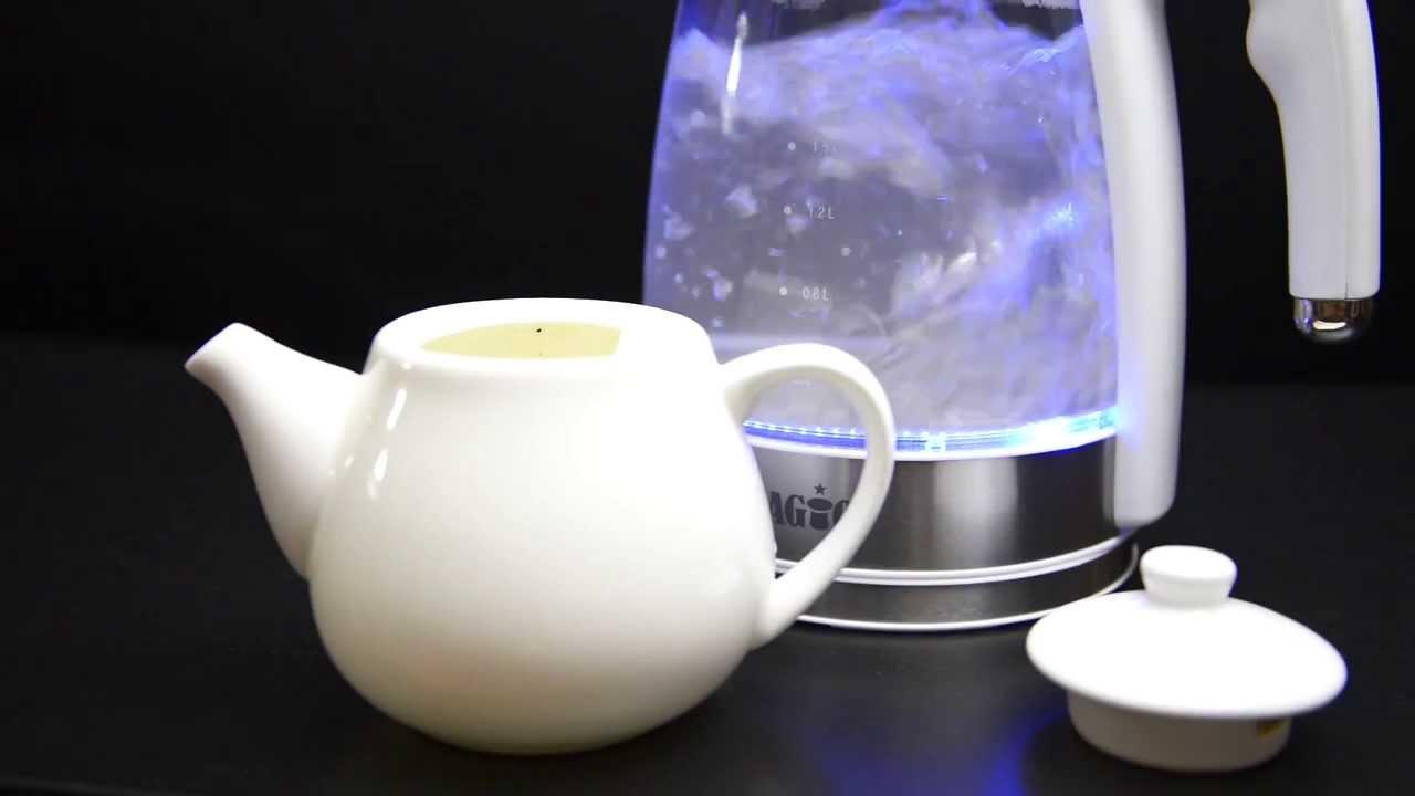 Грейте в чайнике столько воды, сколько необходимо в данный момент, а также вовремя удаляйте накипь