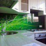 Фото 78: Глянцевый фартук на кухне