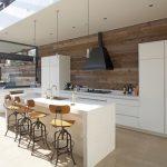 Фото 60: Рабочая зона кухни на стене из ламината
