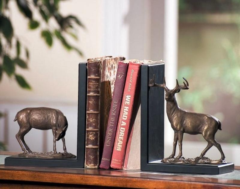 Книгодержатели с оленями