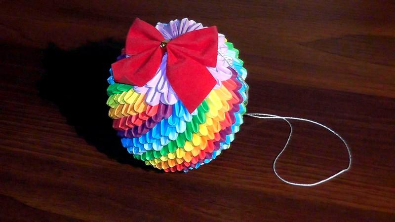 origami_novogodnyaya_igrushka