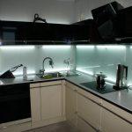 Фото 7: Подсветка кухонного фартука