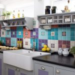 Фото 13: Разноцветный фартук из плитки