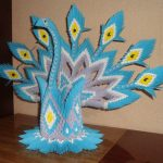 Фото 17: Ваза в виде павлина в технике оригами
