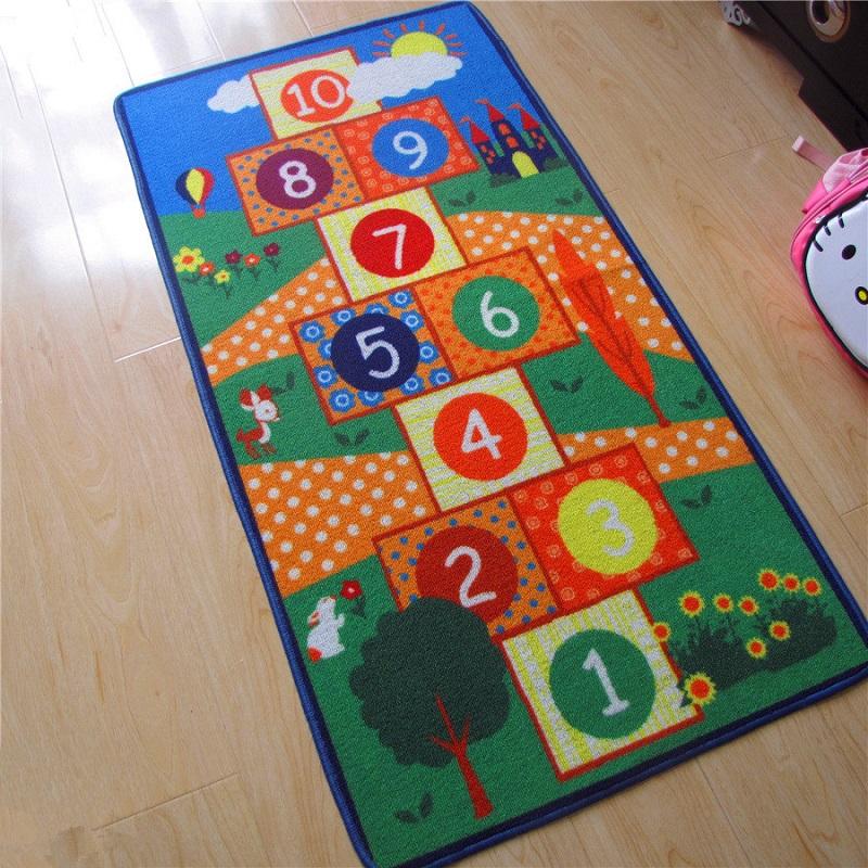 Развивающий и игровой коврик в виде классиков
