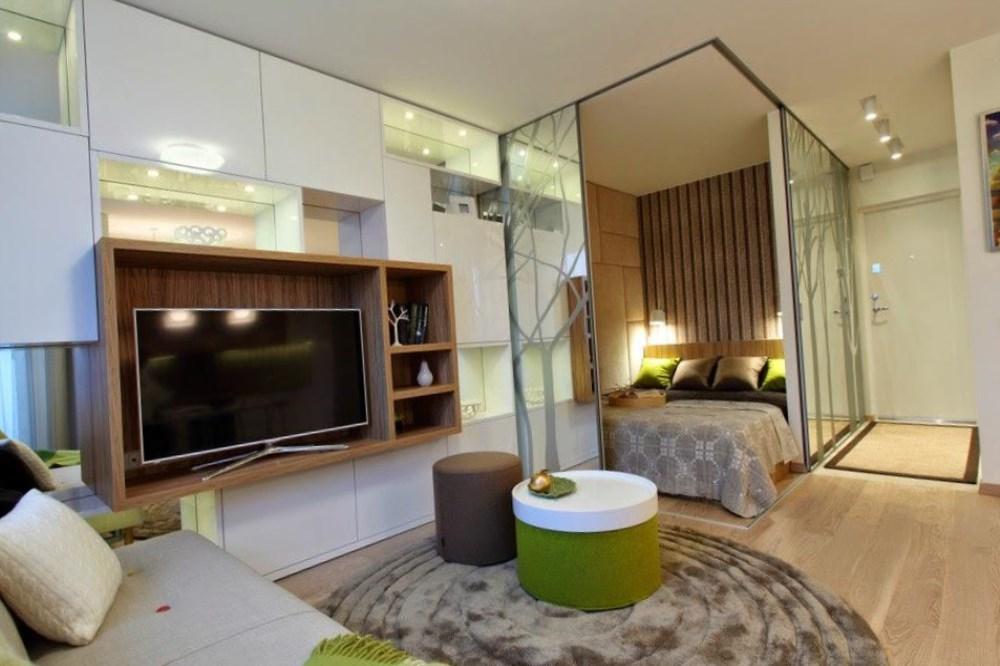 При малой площади квартиры отсутствие перегородок позволяет оптимально использовать все пространство помещения