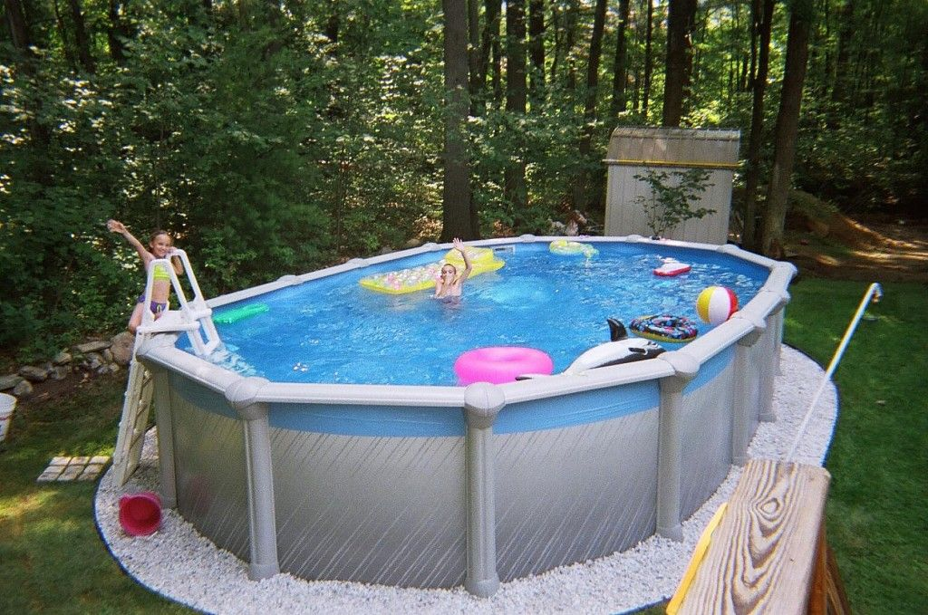 За каркасным бассейном необходим особый уход
