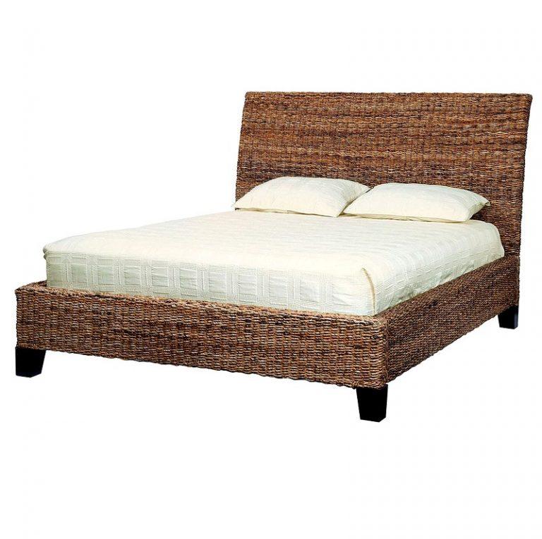 Плетеные изголовья кроватей