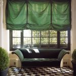 Фото 15: Римские шторы в гостиной