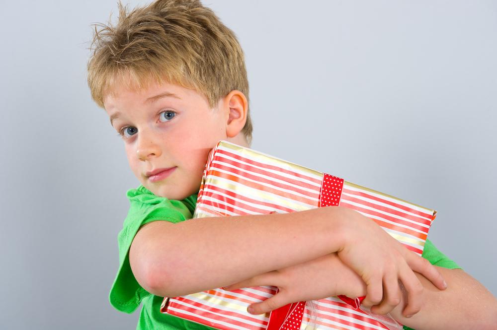 Конкурсы и подарки детям