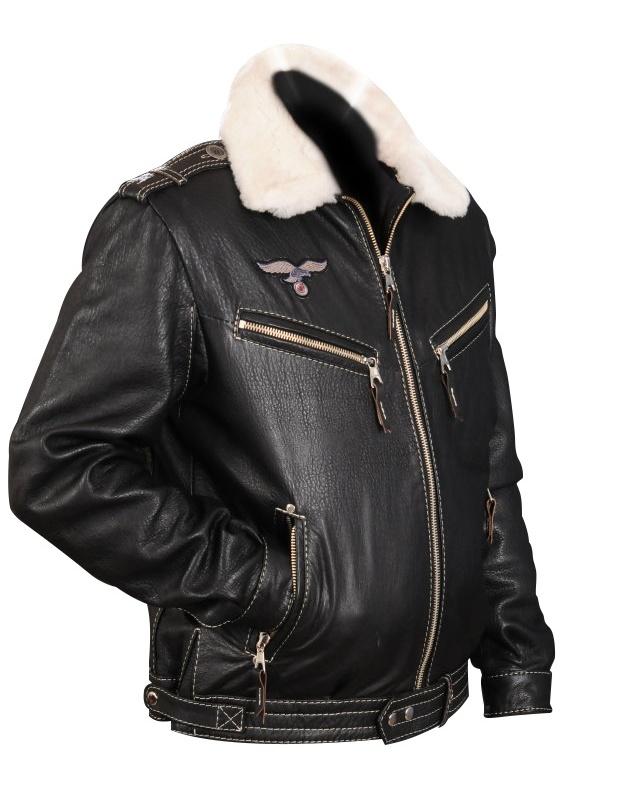 Разрыв на кожаной куртке