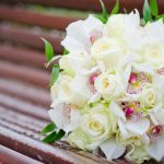 Фото 43: Букет с розами и орхидеями