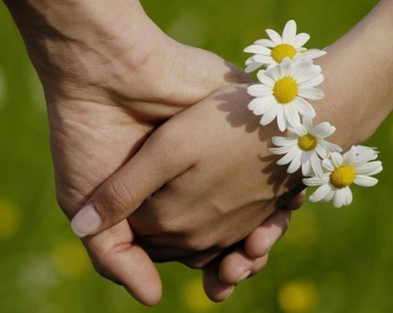 Официально праздник называется Днем семьи, любви, верности