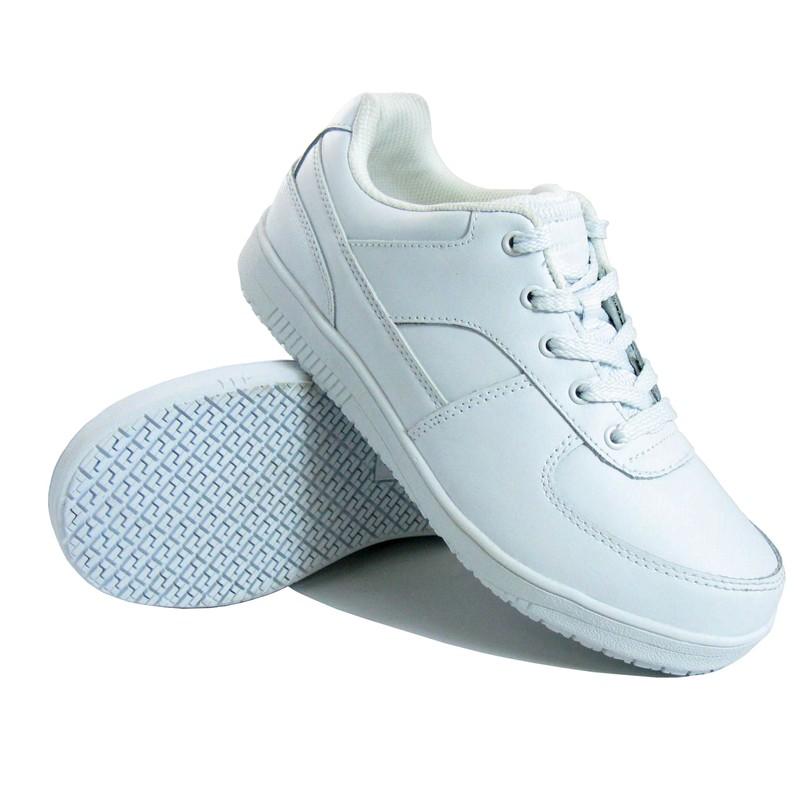 1fa0089c4 Как эффективно отстирать белые кроссовки, способы и средства, видео
