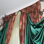 Фото 15: Кованые карнизы для штор необычной формы