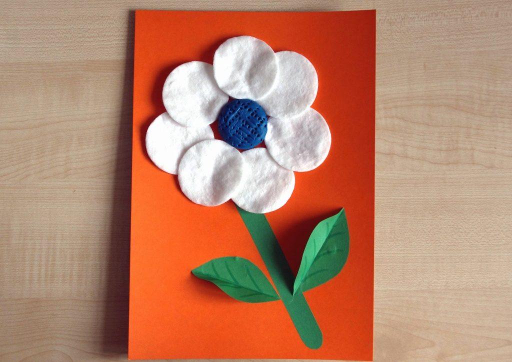 Цветы для мамы своими руками из ватных дисков 42
