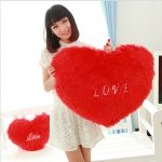 Фото 31: Подушка в виде сердца на 14 февраля