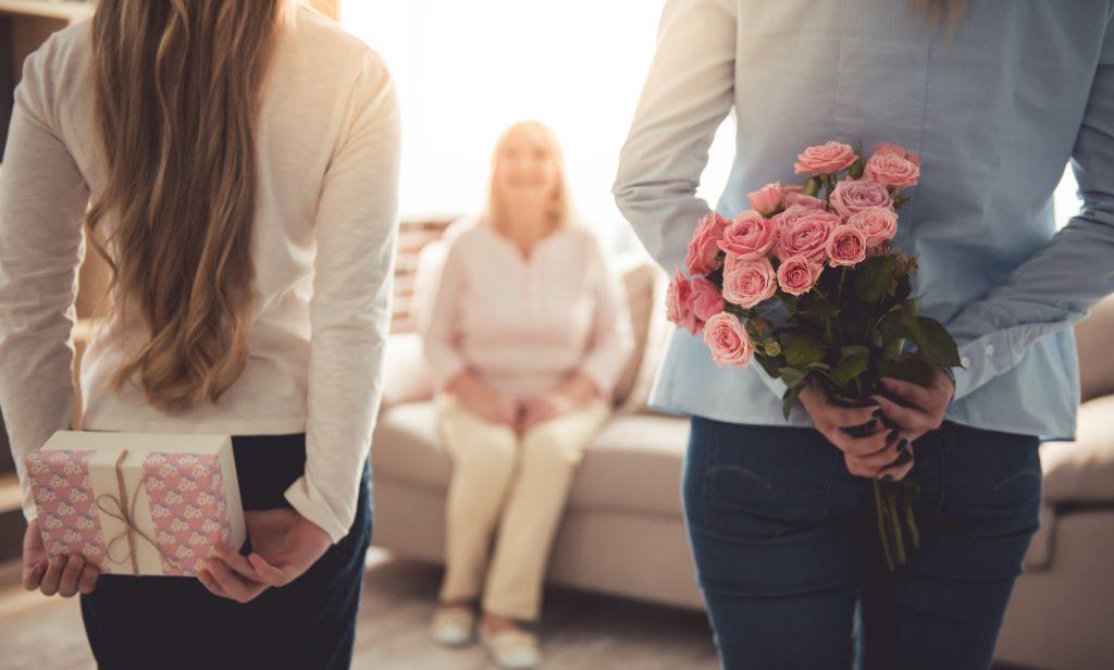 Поздравление мамы с 8 Марта