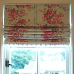 Фото 25: Цветочные римские шторы