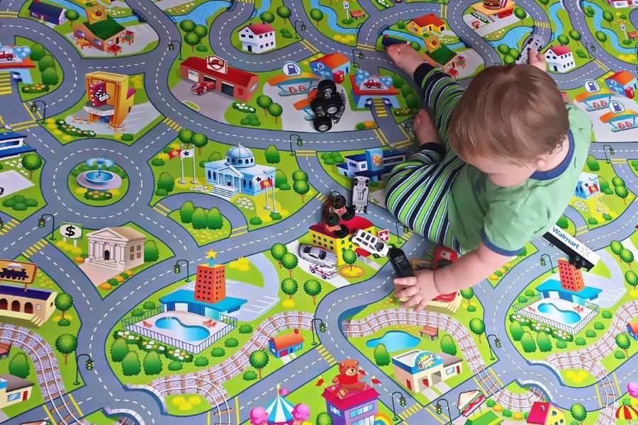 Детский ковер с дорогами с общественными местами