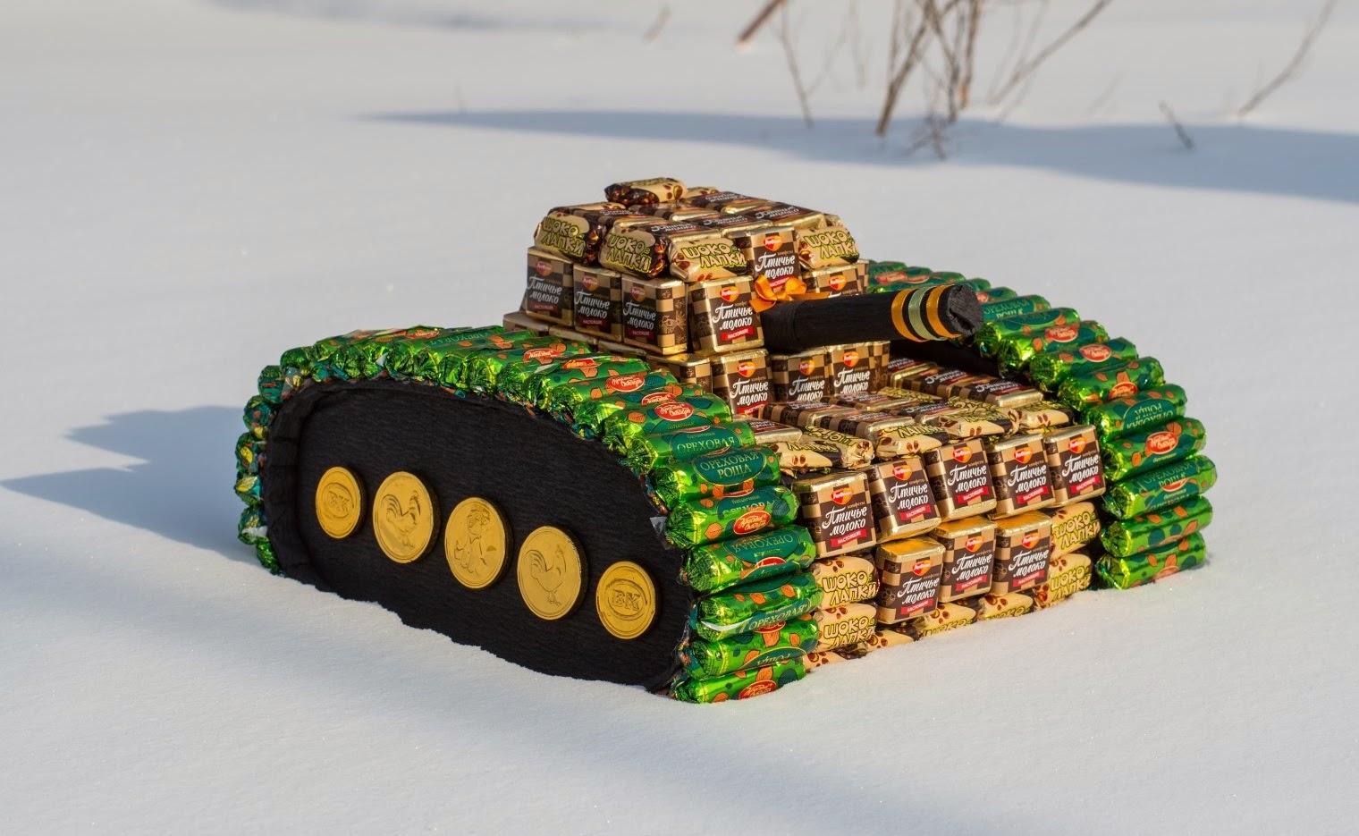 Как сделать танк из конфет своими руками с фото