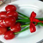 Фото 63: Тюльпаны из помидоров