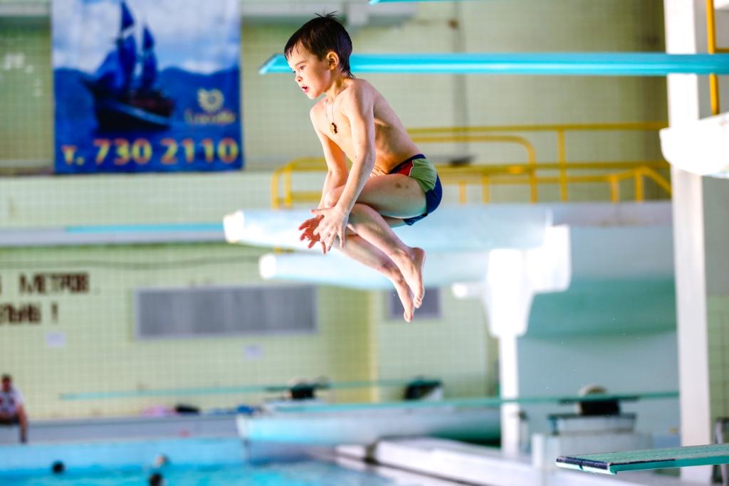 Бассейн для прыжков в воду