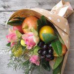 Фото 60: Фруктово-цветочный букет