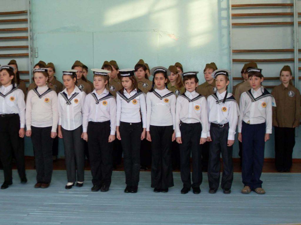 Обогатит план мероприятий школьников к 23 февраля и праздничный концерт, проведенный в собственной школе