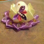 Фото 76: Яйцо и подставка в технике канзаши