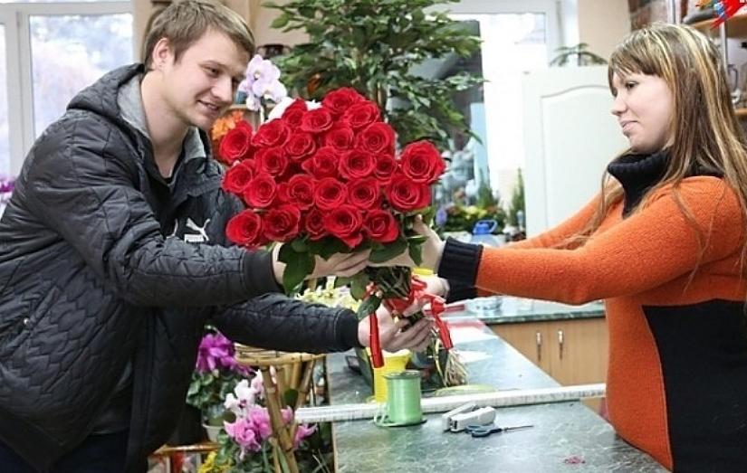 Цветы будет приятно получить практически любой женщине.