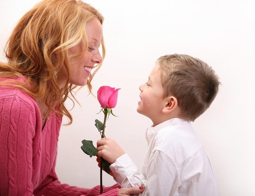 Цветы маме на 8 Марта