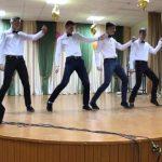Фото 28: танец мальчиков на 8 марта