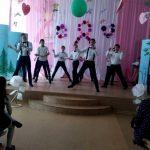 Фото 26: танец мальчиков на 8 марта