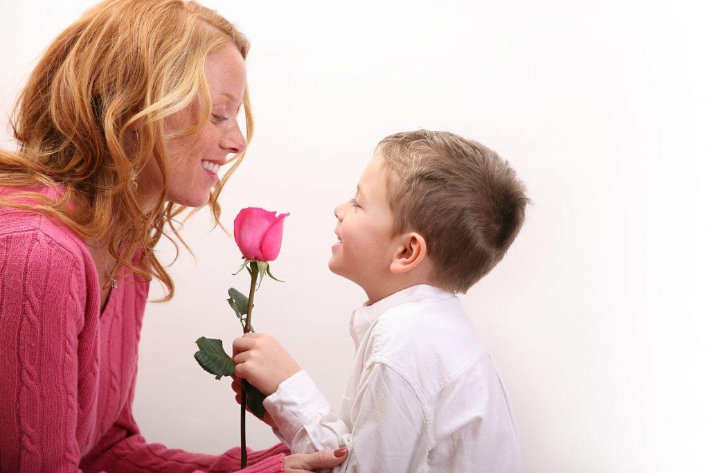 Цветы мамам на 8 Марта