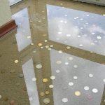 Фото 42: Наливной пол с монетами