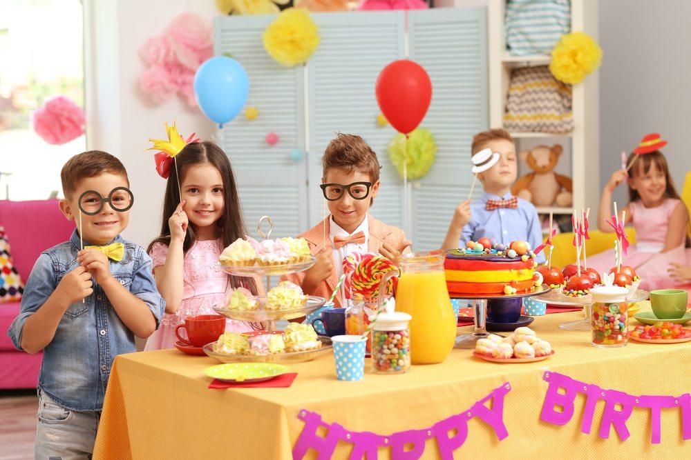 Аксессуары для детей на праздник своими руками
