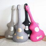 Фото 98: Подушки-гитары