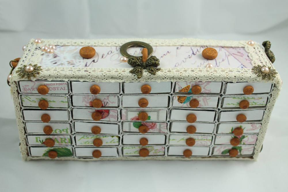 Декор комода из коробков