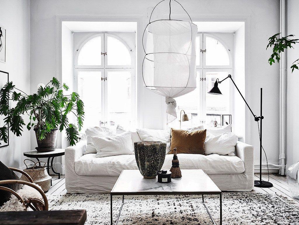 Диванные подушки в скандинавском интерьере
