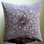 Фото 48: Украшение подушки бисером