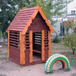 Фото 37: Деревянные детские домики для дачи
