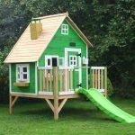 Фото 4: Детский деревянный домик ярко зеленого цвета