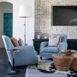 Фото 39: Правила расположения телевизора на стене