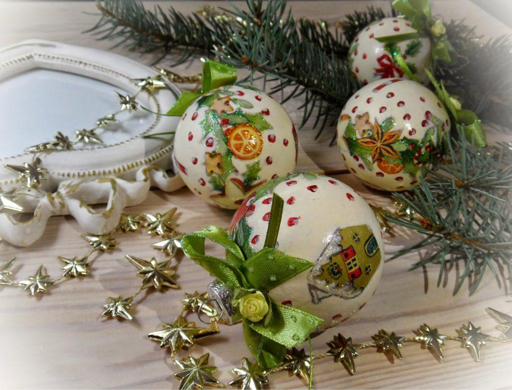 Украшение новогодних шаров