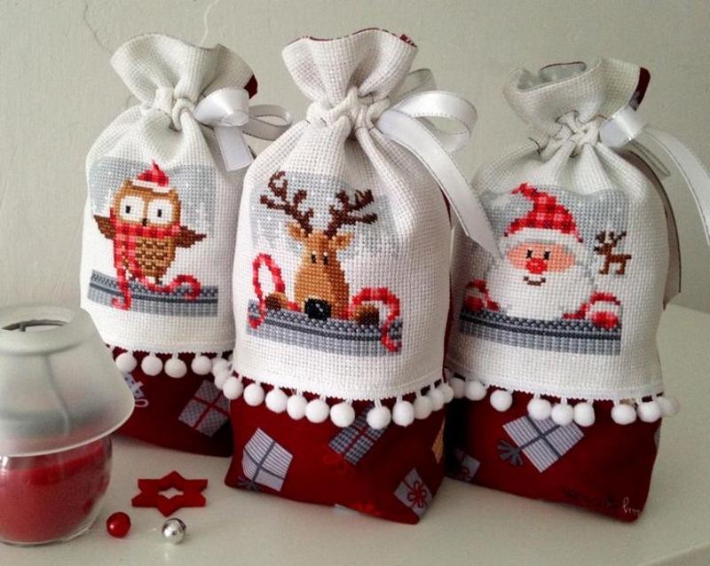 Украшение мешочка новогодней вышивкой