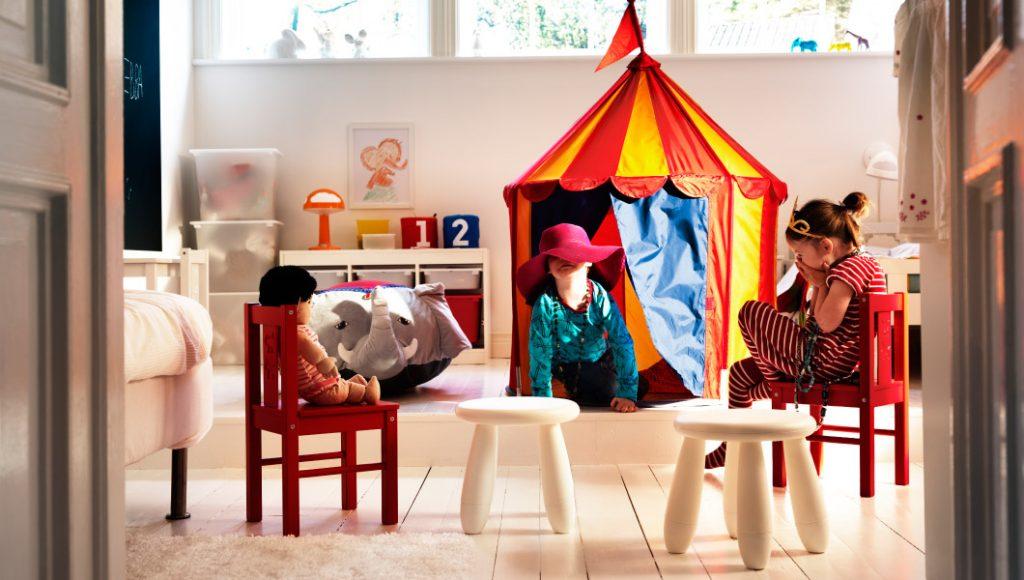 Мебель в детской для дошкольников