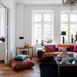 Фото 15: Цветовое разнообразие в гостиной в стиле эклектики