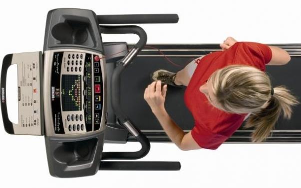 Современная модель тренажера для бега и спортивной ходьбы