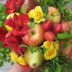 Фото 5: Букет из фруктов